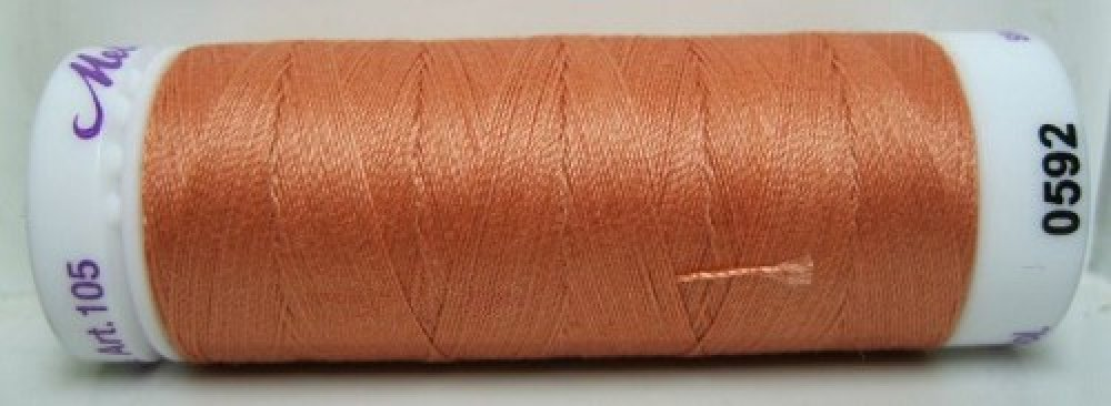 Mettler Silk Finish effen, 150 m: kleur 0592
